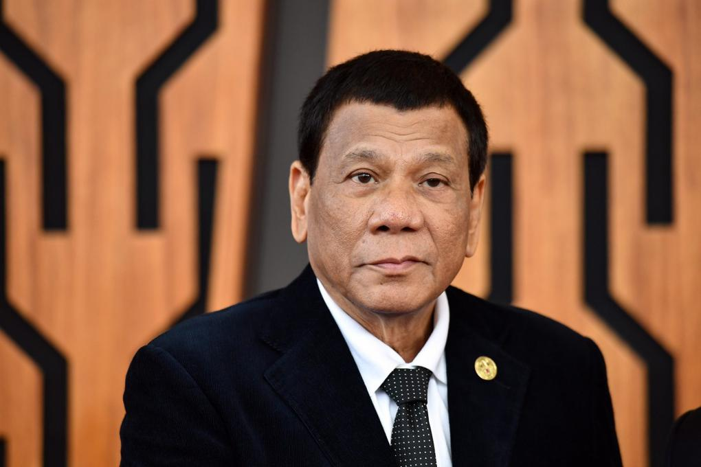 Tổng thống Philippines tình nguyện thử vắc xin Covid-19 của Nga