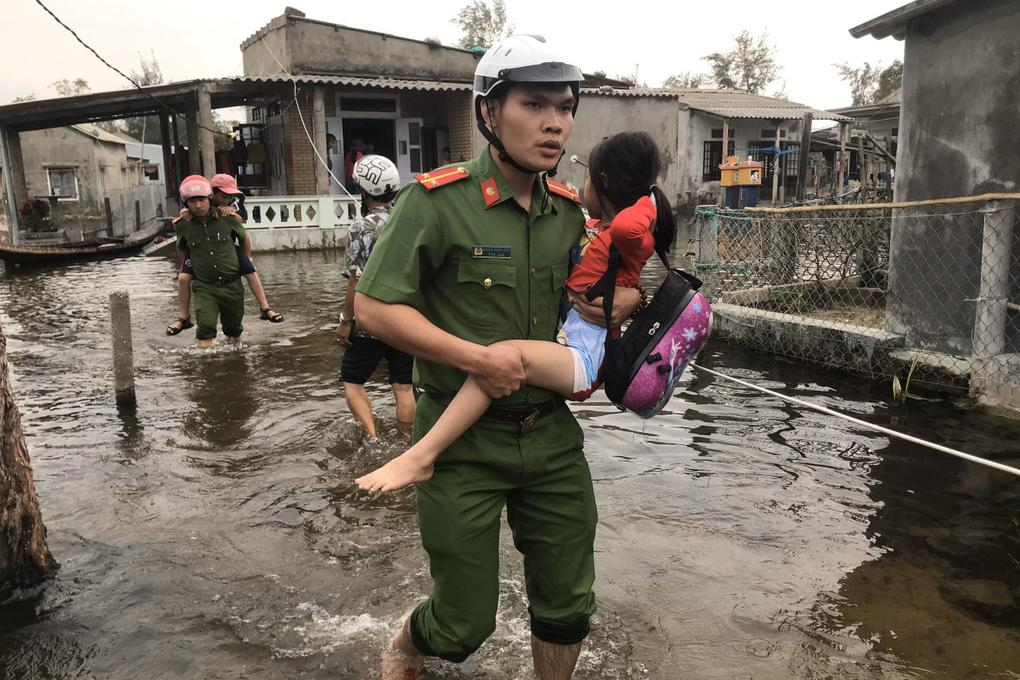 Thừa Thiên Huế cảnh báo người dân không ra khỏi nhà trong suốt 21 tiếng