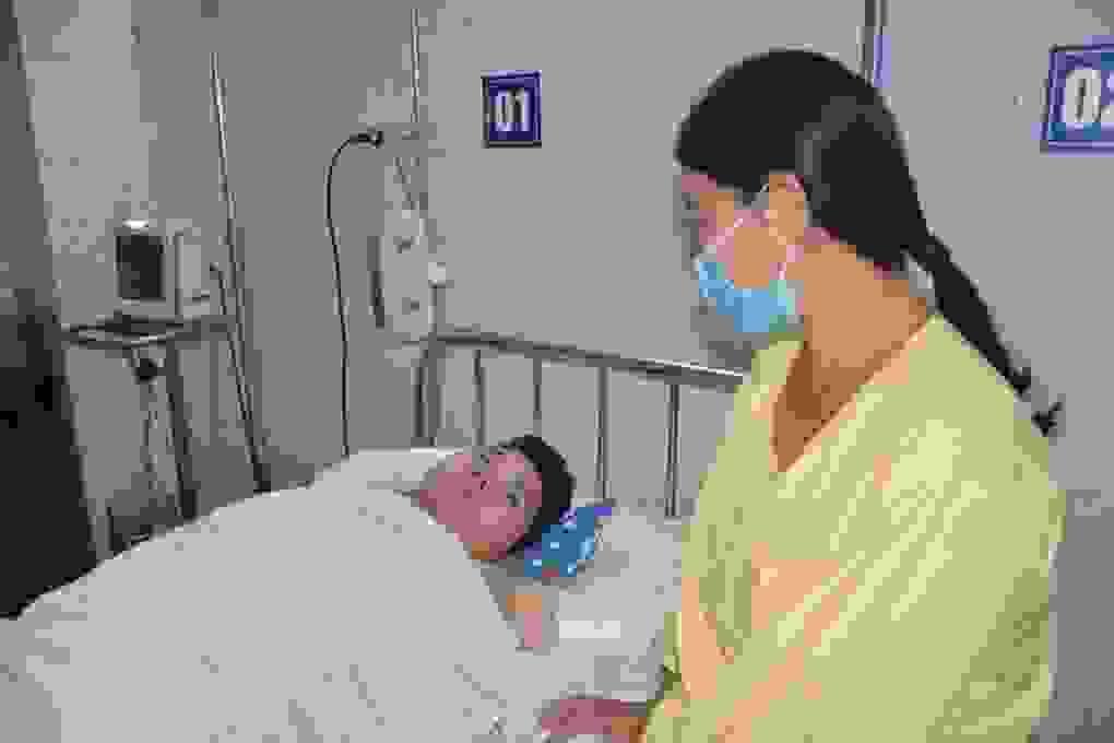 Đau nhói lòng cảnh nam sinh trường chuyên bị bỏng đến 40% cơ thể