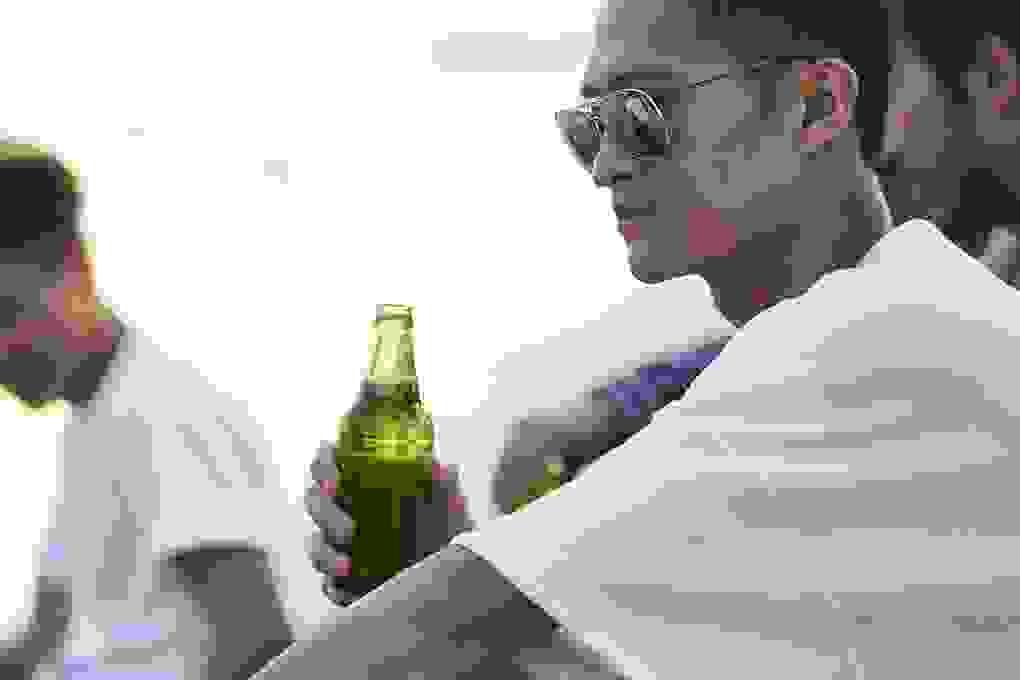Tại sao con người mất cảnh giác sau khi uống rượu?