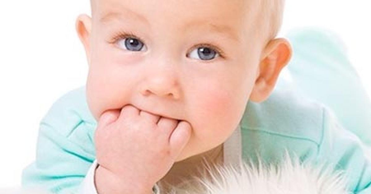 Giải mã thói quen mút tay ở trẻ | Báo Dân trí