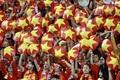 Loạt ảnh chế hài hước và ấn tượng ăn mừng chiến thắng của đội tuyển Việt Nam
