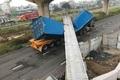 """""""Dầm cầu cao 4,75m bị container cao 4,2m kéo sập"""": Ai đúng, ai sai?"""
