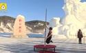 Cuộc thi múa cột dưới trời lạnh âm 30 độ ở Trung Quốc