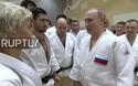 Ông Putin phô diễn kỹ năng judo với các vận động viên chuyên nghiệp