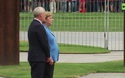 Thủ tướng Merkel run lẩy bẩy lần thứ 3 trong một tháng