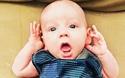 Clip vui: Phản ứng dễ thương của bé khi nghe cha mẹ hát