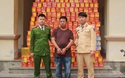 """Đi Trung Quốc chở hàng, """"tiện thể"""" buôn hơn 4 tạ pháo"""