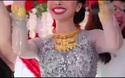 """Clip cô dâu đeo đầy vàng """"quẩy"""" cực sung trong đám cưới"""