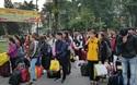 Sinh viên Nông lâm được tặng trứng gà kèm chuyến xe về quê đón Tết