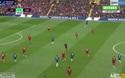 """Hazard dứt điểm bằng """"ống đồng"""" lỡ cơ hội ghi bàn vào lưới Liverpool"""