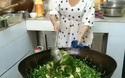 Cô gái với kỹ năng nấu ăn ấn tượng