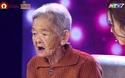Bất ngờ với màn leo dừa nhanh không địch thủ của cụ bà miền Tây 77 tuổi
