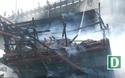 Tàu cá chứa 25.000 lít dầu bốc cháy dữ dội
