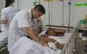 Nhập viện cấp cứu với hơn trăm ngàn đồng, bác sĩ phải cho tiền ăn.