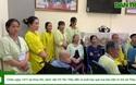 Báo Dân trí trao quà đến ông Hiền tại viện K3 Tân Triều