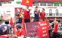 Cổ động viên 'tiếp lửa' cho đội tuyển Việt Nam trước trận gặp Thái Lan