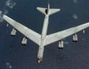 """""""Pháo đài bay"""" B-52 của Mỹ đã vào vùng 12 hải lý quanh đảo nhân tạo"""