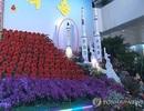 Triều Tiên khoe mô hình tên lửa tàu ngầm SLBM tại... hội chợ hoa