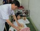 Nhiều y bác sỹ hiến máu cứu một sản phụ nguy kịch giữa đêm khuya