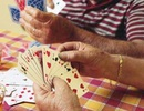 Dân nộp clip tố cáo trưởng công an và cán bộ xã đánh bạc