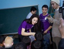 Hoa hậu Kỳ Duyên sẻ chia cùng học sinh nghèo vùng cao Hà Giang