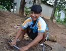 Cậu bé Raglai chế tạo máy điện gió