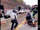 Tình huống xấu hổ của cảnh sát Mỹ