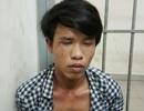 Hình sự tung cước đạp bay tên cướp iPhone 6 ở trung tâm Sài Gòn