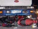 Xe tải lao vào dòng người đang chờ đèn đỏ, 4 người bị thương
