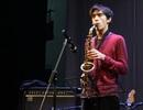 Trở về cùng tiếng kèn saxophone