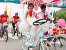Chàng trai đạp xe 26km rước dâu xôn xao dư luận