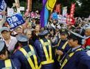 Biểu tình lớn chống dự luật an ninh sửa đổi bùng phát tại Nhật