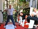 """Tổng thống Nga Putin """"rủ"""" Thủ tướng Medvedev tập thể hình"""