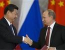 """Nga """"không đặt trứng một giỏ"""" với Trung Quốc"""