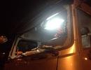 Xe tải vỡ nát kính vì bị ném đá trên cao tốc Nội Bài - Lào Cai
