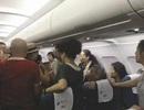 Hành khách Trung Quốc bị đuổi khỏi máy bay vì ẩu đả