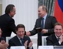 Tổng thống Putin tặng sách tự học tiếng Anh cho Bộ trưởng dịp sinh nhật