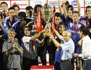 B.Bình Dương ăn mừng chức vô địch V-League 2015