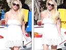 Britney Spears diện váy khoe vai trần trẻ trung