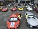 Đại gia Trung Quốc khoe siêu xe bên dàn gái xinh