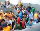 Hơn 2.000 du khách mắc kẹt tại Cô Tô về đất liền an toàn