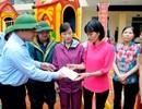 Bộ GD-ĐT thăm hỏi động viên các nạn nhân trong đợt mưa lũ tại tỉnh Quảng Ninh