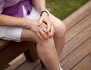 Tiếng lục cục trong ổ khớp là dấu hiệu bệnh gì?