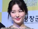 """Lộ nếp nhăn, """"nàng Dae Jang Geum"""" vẫn thu hút báo giới"""