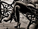 Hệ lụy đáng ngờ của ngồi bắt chéo chân