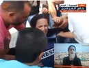 Nữ phóng viên trúng lựu đạn ngay lúc lên sóng