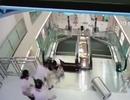 [Video] Tai nạn thang cuốn kinh hoàng khiến người mẹ chết thảm