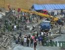 Hà Tĩnh công bố nguyên nhân ban đầu vụ sập giàn giáo khiến 2 người chết