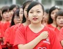 Nữ sinh Hà thành rạng rỡ tham gia tạo hình cờ Tổ quốc